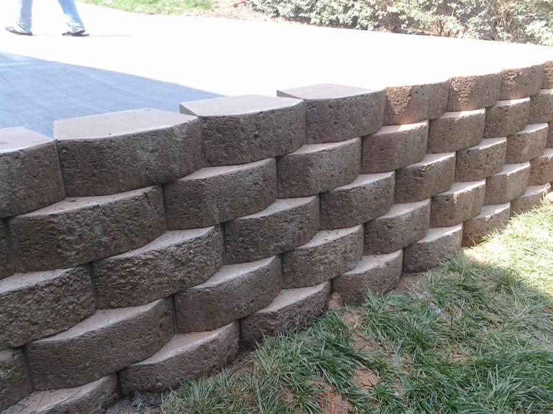 Granite Block Seawall : Keystone retaining wall designs